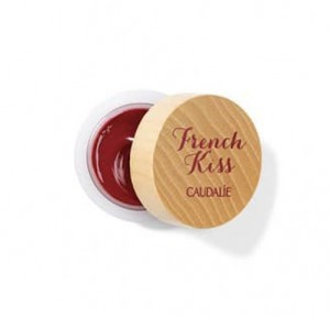 Balsamo con Color Para Labios Addiction French Kiss Rojo Frambuesa, 7,5 g. - Caudalie